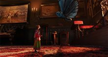 Alice Through the Looking Glass Photo 8