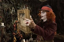 Alice Through the Looking Glass Photo 28