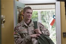 Billy Lynn's Long Halftime Walk Photo 17