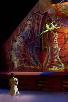 Cirque du Soleil: Worlds Away  Photo 10