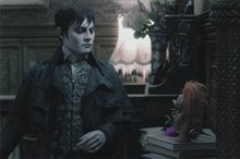 Dark Shadows Photo 7