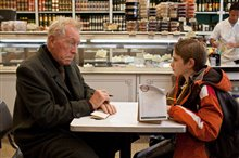 Extremely Loud & Incredibly Close Photo 6