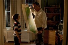 Extremely Loud & Incredibly Close Photo 11