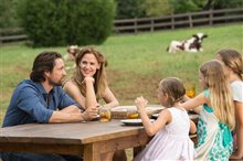 Miracles From Heaven Photo 5