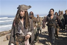 Pirates of the Caribbean: At World's End Photo 14