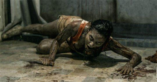 Evil Dead Photo 3 - Large