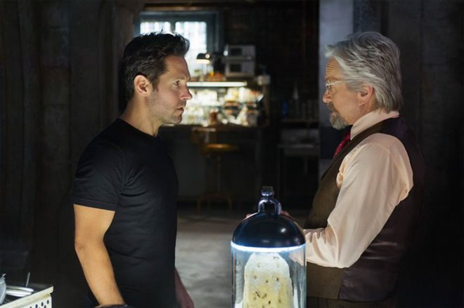 Ant-Man Photo 9 - Large
