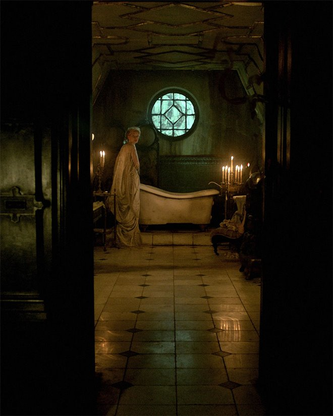 Crimson Peak Photo 19 - Large