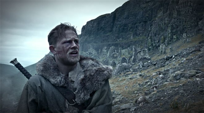 King Arthur: Legend of the Sword Photo 2 - Large