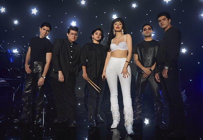 Selena: The Series (Netflix) Photo 5 - Large