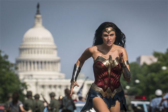 Wonder Woman 1984 Photo 5 - Large