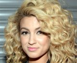 Tori Kelly photo